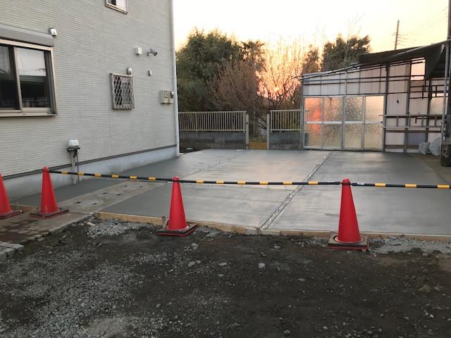 駐車スペース土間工事4