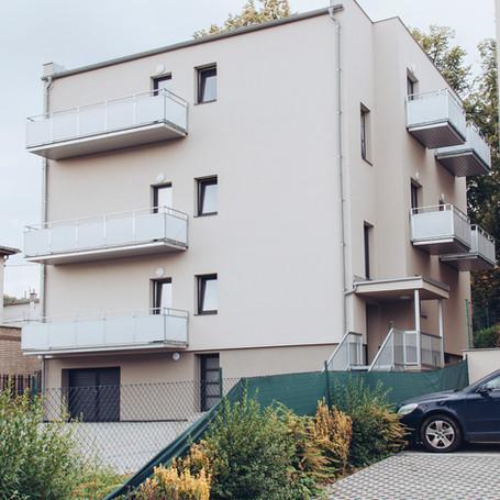 Rodinný dům s 6 bytovými jednotkami