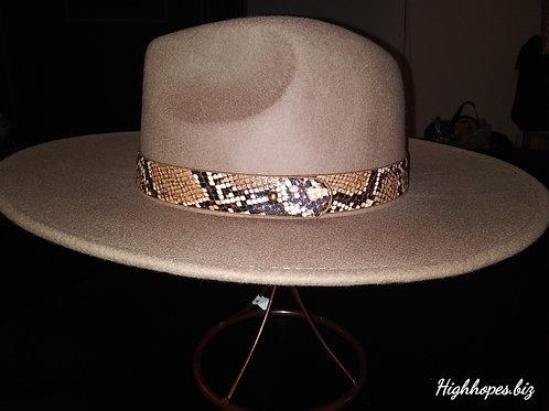 Beige Fedora w/Snake Skin Band