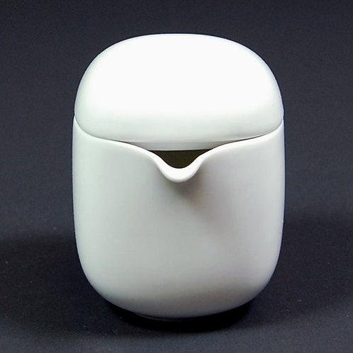 SUOMI WHITE creamer