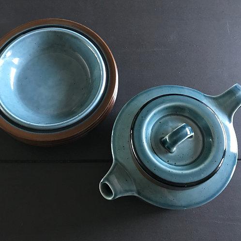 ARABIA FINLAND MERI  | teapot