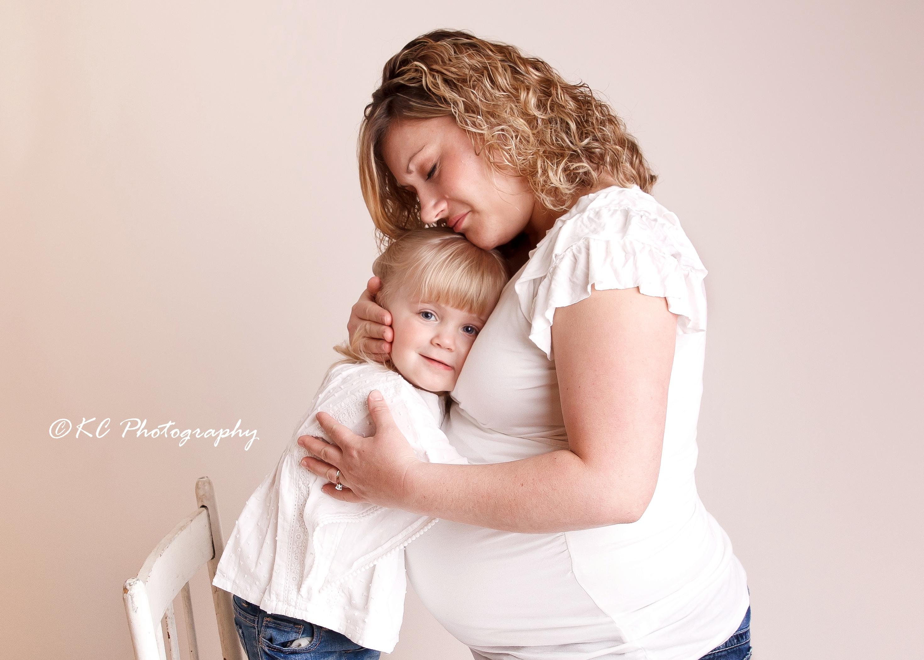 Maternity Bracebridge Photographer