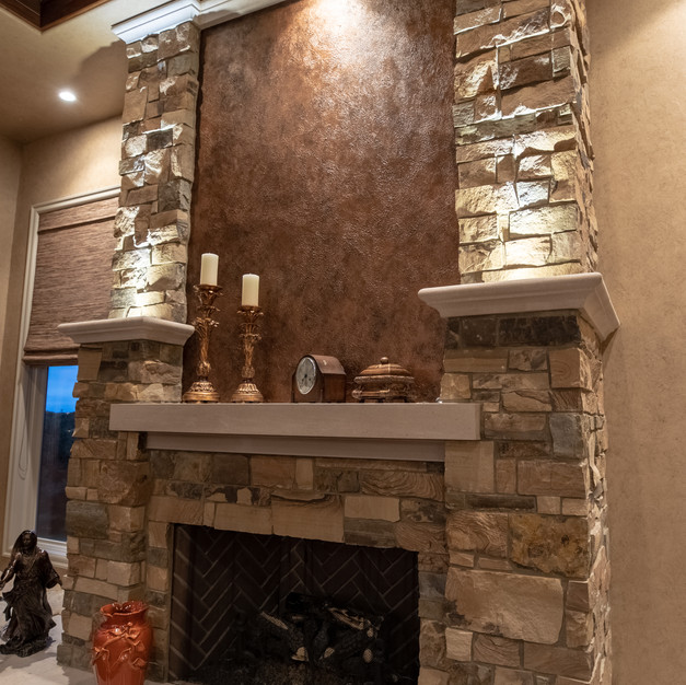 Canyonwoods Ledge With Limestone Accents