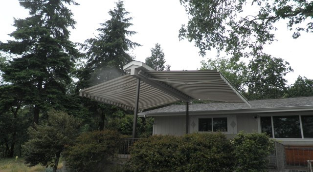 Double Retractable Awning