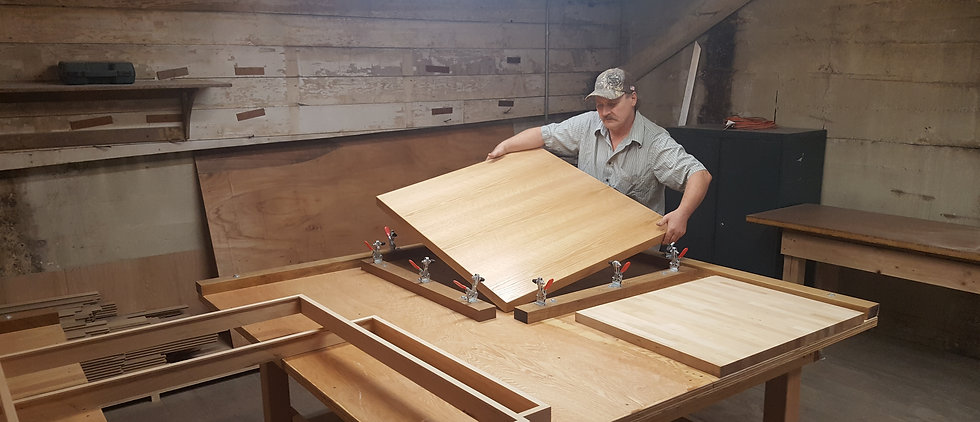 Table Cladding, Table Top Replacements, Custom Table Tops, Wooden Coveralls, Hotel Restaurant Table Top Replacement, Custom Table Finishing, New Table Tops, Table Top Refinishing, Replacement Table Tops