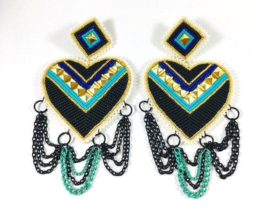 ᑖᐳᐁᐧᓯᒣᐤ - tâpowesimew 4 Tier Heart Earrings