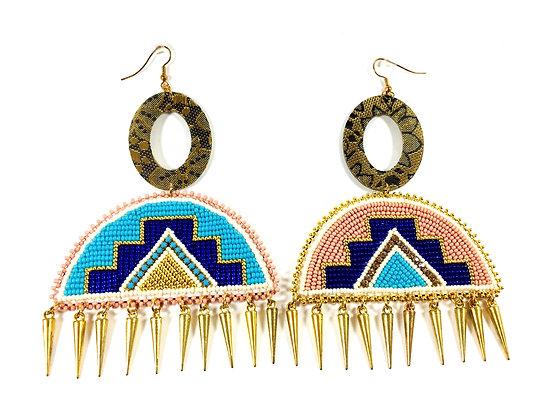 ᓂᐦᑖᒋᐊᐧᐣ - nihtâciwan Earrings