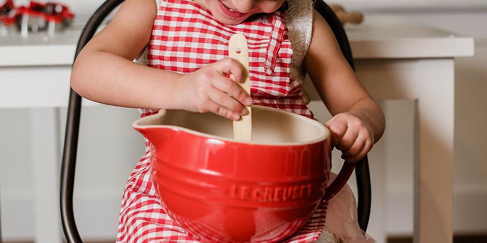 Valentine's Day Kid's Baking Mini Session (1)