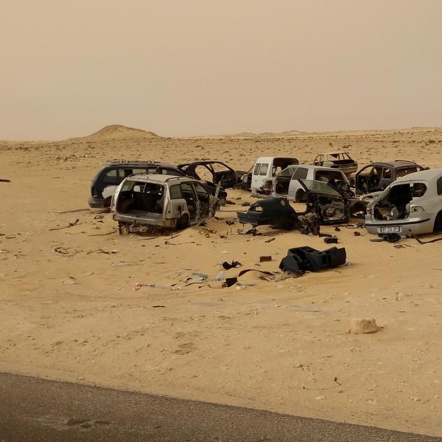 06-29 A Abandoned cars.jpg
