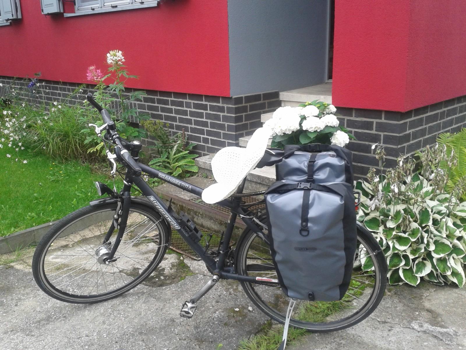 Mit dem Fahrrad zum Färbekurs