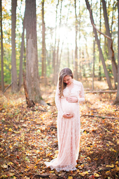 Fairfield County Forest Maternity Session _ Ashley Therese Photography-2.jpg