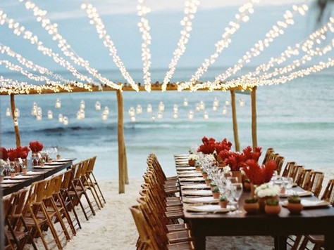 A beach wedding in Marbella