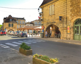 Beaumont street scene