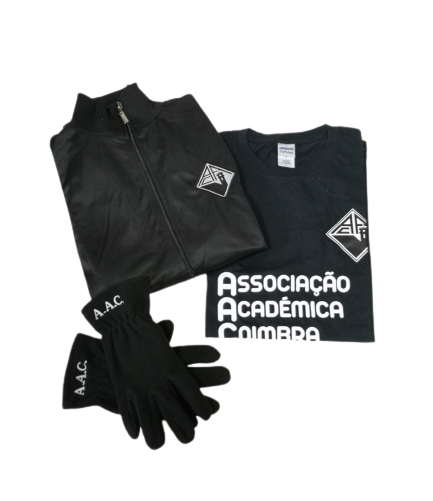 Coats, t-shirts and gloves