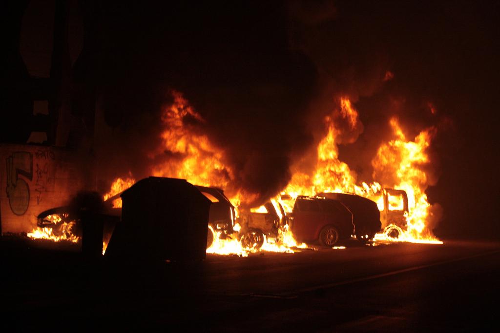2009_Viareggio_train_explosion_fire.jpg