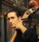 Benoit_Bératto,_violone1.jpg