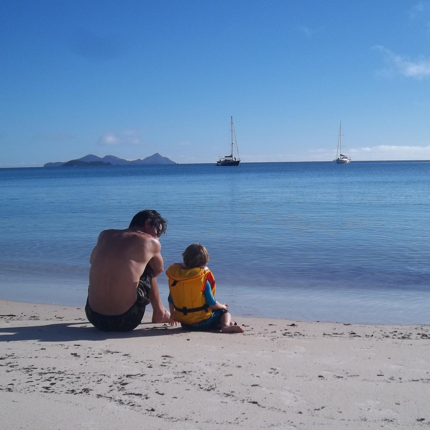 Family bareboating holidays