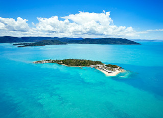 #GoBareboating to a Whitsunday island resort