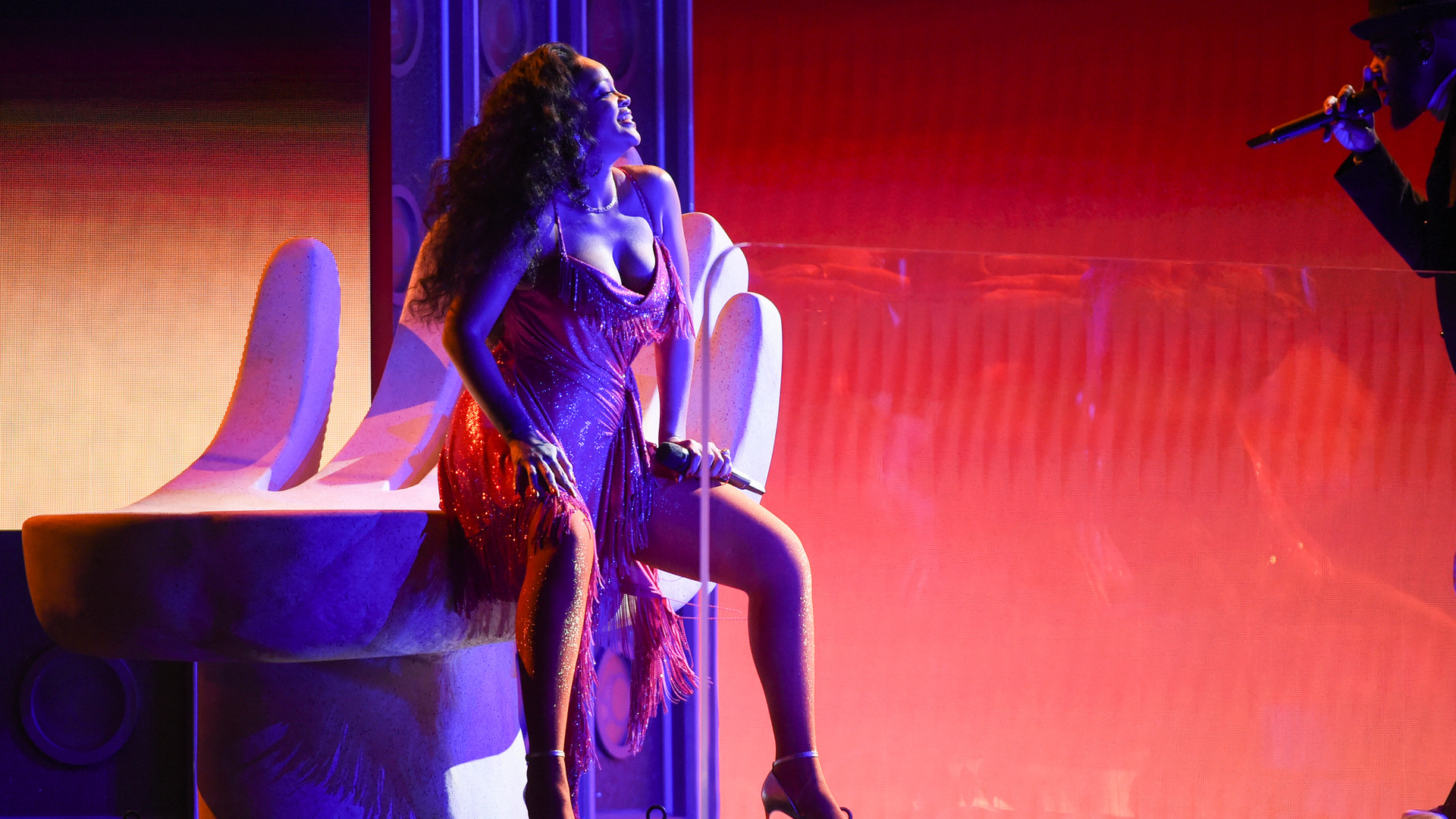 'wild thoughts' grammy's performance