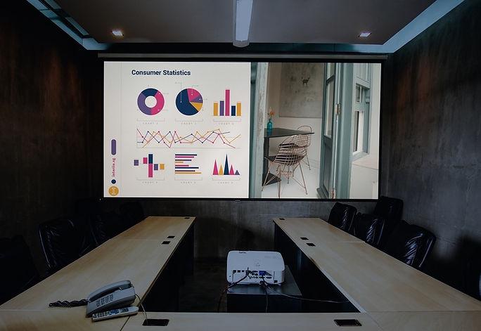 interiio-projector-slides.jpg