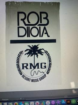 ROB DIIOIA TOWEL