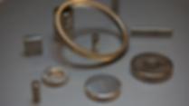 Neodym magneter är den starkaste magneten i förhållande till storlek. Neodym (Neo) magneter produceras sedan 1980-talet och bestårav neodymium, bor och järn.
