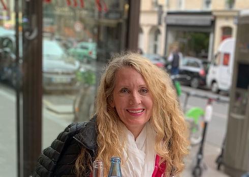 Janet in Paris at table_Blur 3.jpg