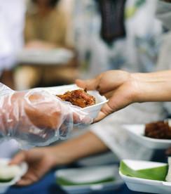 Food-distribution-960-AdobeStock_2639554