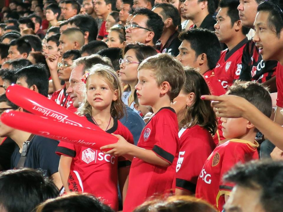 Muangthong Fans Match vs. Army United May 31, 2014 - 13.jpg