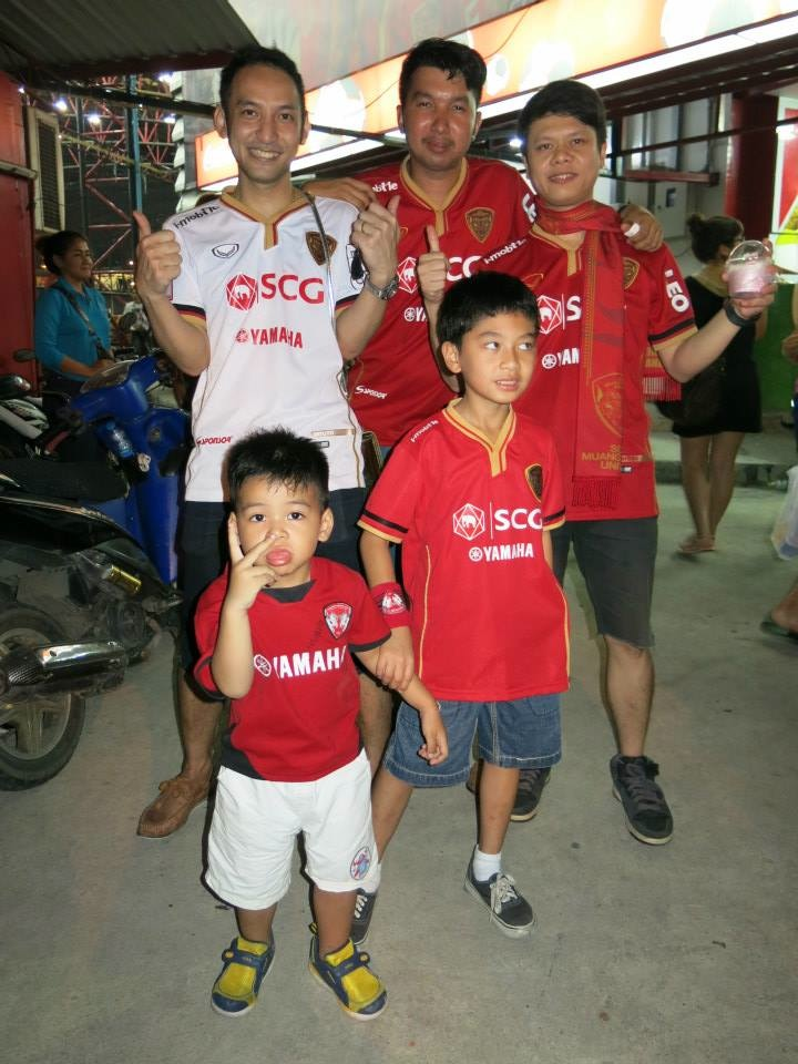 Kirin Fan Photos May 4th vs. Suphanburi - 40.jpg