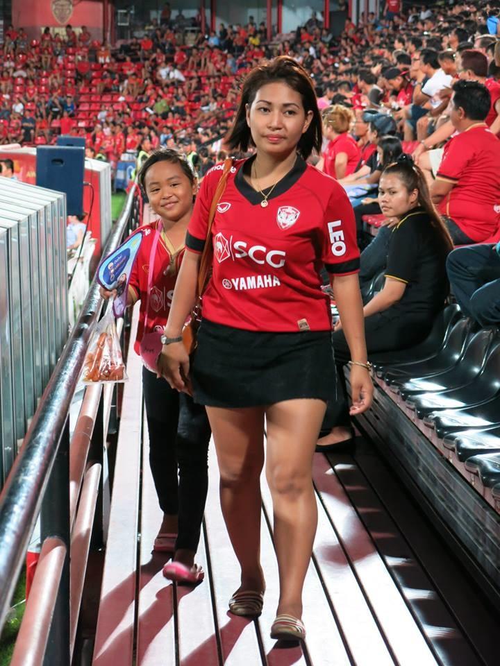 Muangthong Fans Match vs. Army United May 31, 2014 - 12.jpg