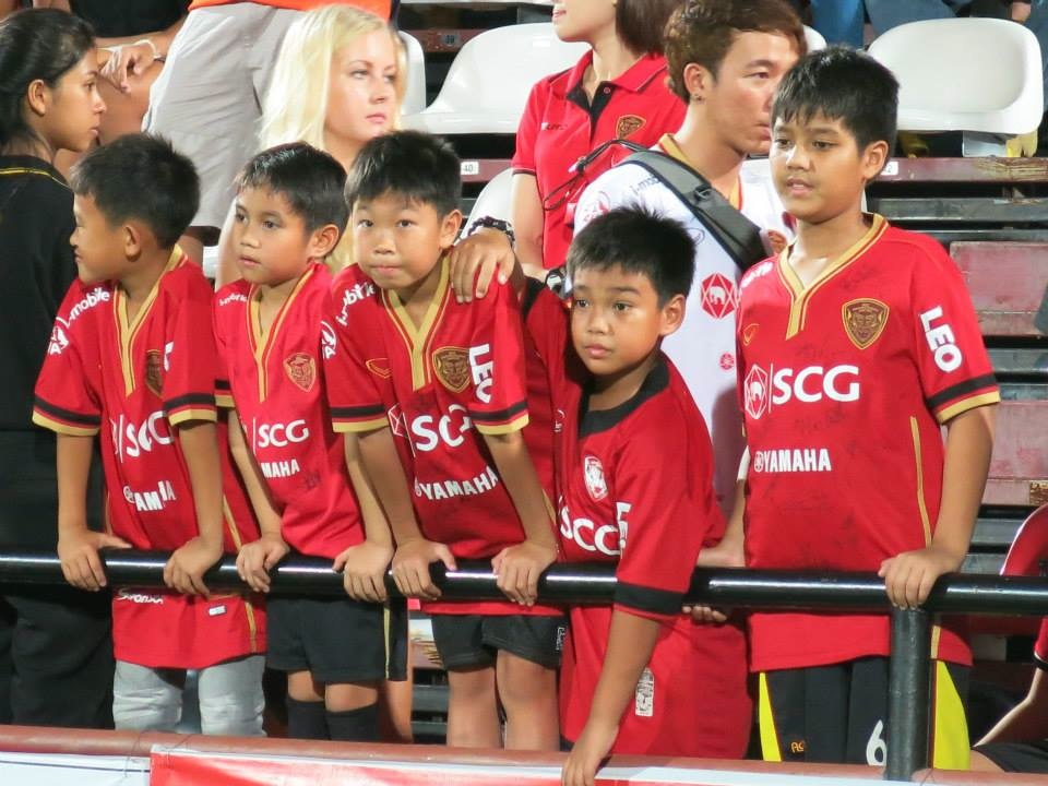 Kirin Fan Photos May 4th vs. Suphanburi - 32.jpg
