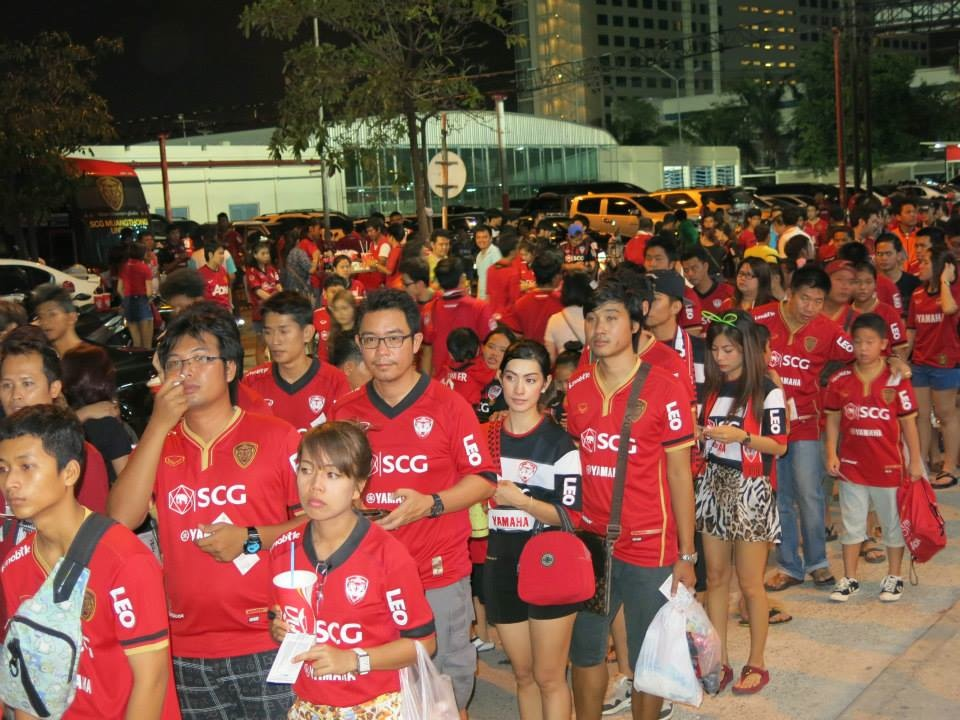 Kirin Fan Photos May 4th vs. Suphanburi - 05.jpg
