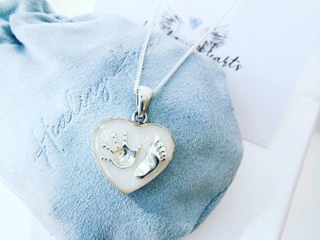 Memorial Jewellery Service - Helping Heal Your Heart.