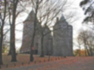 castleaussen.jpg