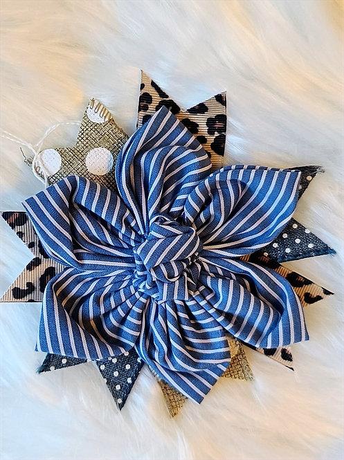 Striped blue brooch