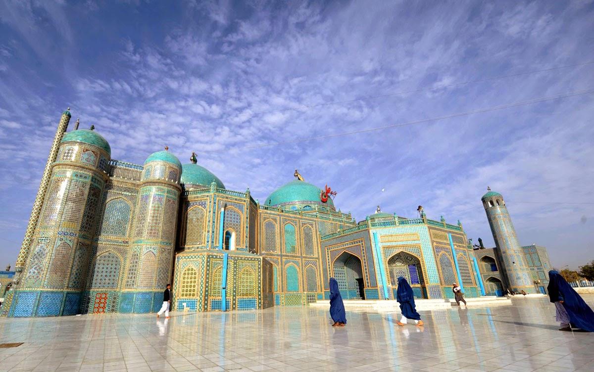 Hazrat Ali the Blue Mosque-98723