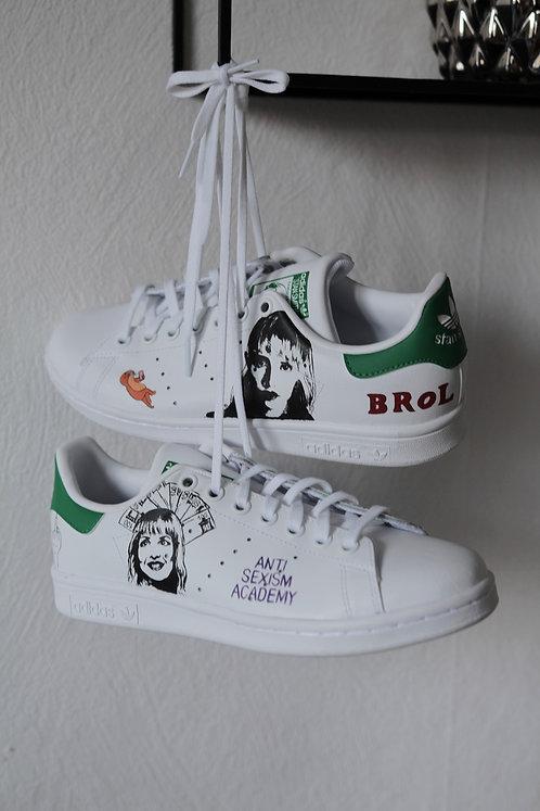 sneakers customisées Angèle édition spéciale