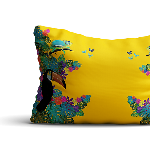 Jungle animals scene in yellow - velvet cushion