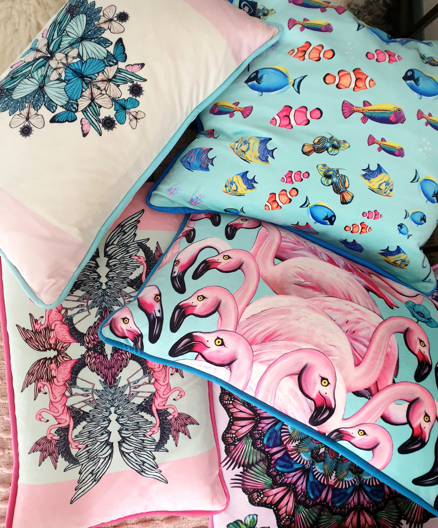 Flamingo cushions!