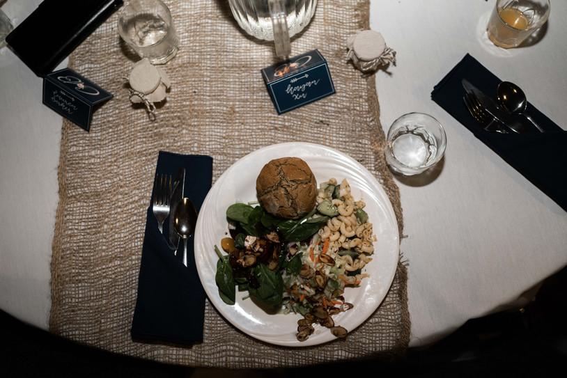 brendon&carrie table setting 2.jpg
