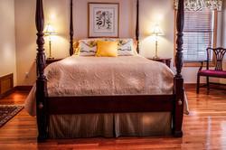 bedroom-665811_1280