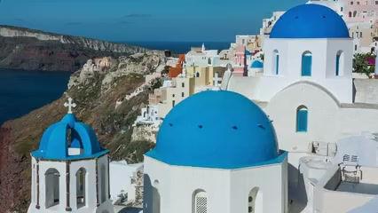 video-clip-of-bride-in-santorini-greece