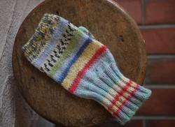 opal糸で編む、リストウォーマー 指なしミトン
