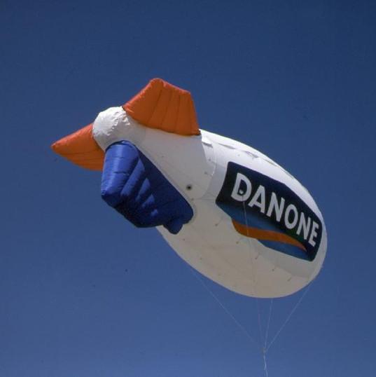 Zeppelin Danone.jpeg
