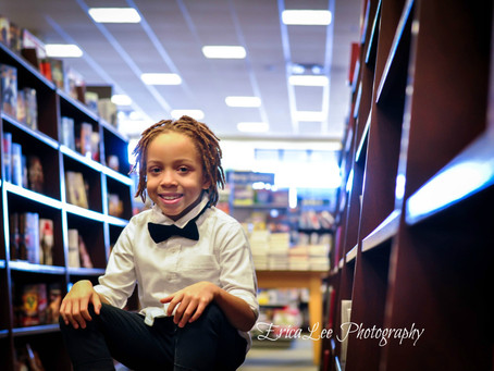 Fun at the bookstore {Orange County, NY Childrens Photographer}