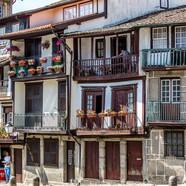 Guimaraes (largo da Oliveira)