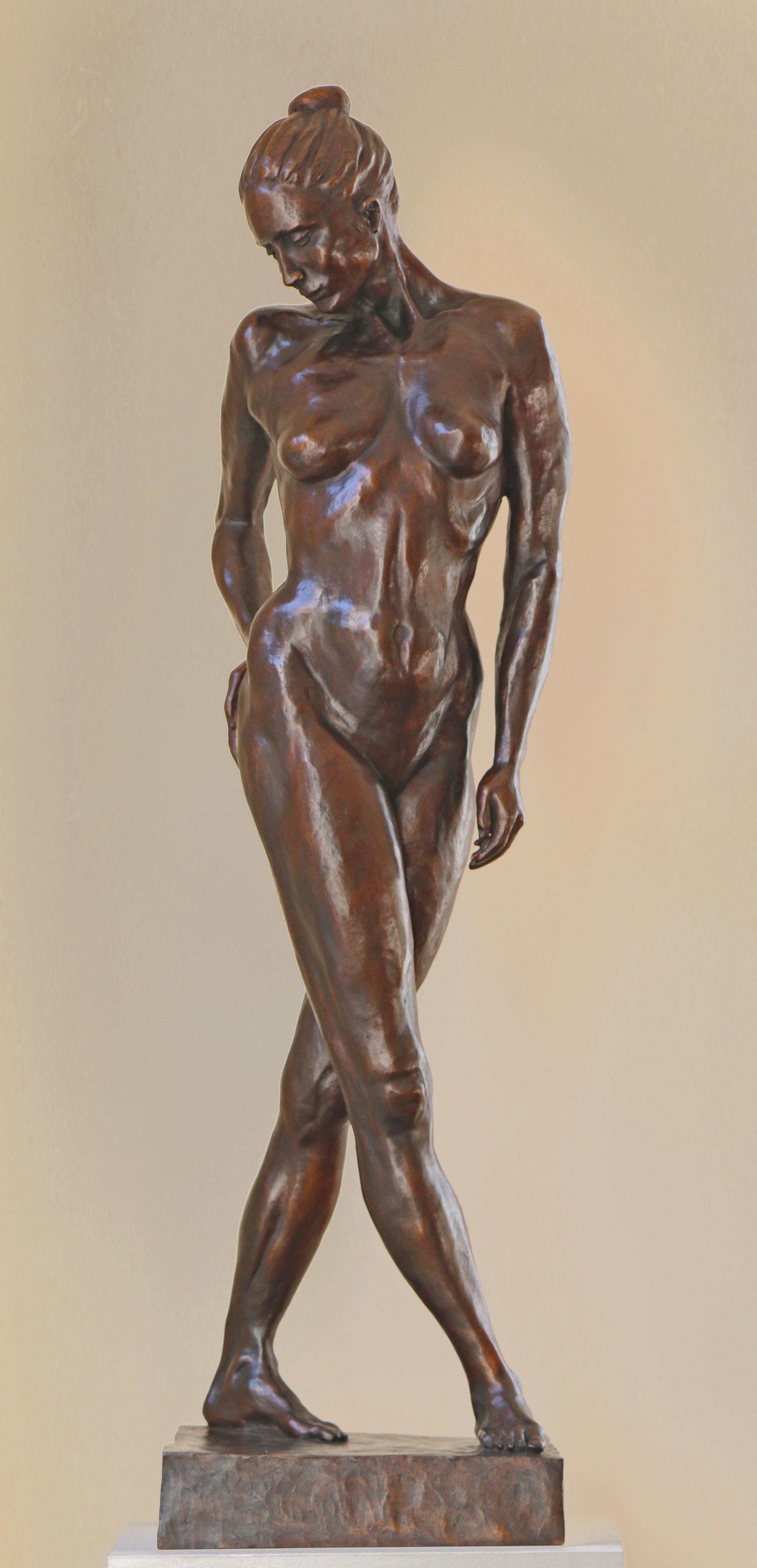 Standing woman, bronze