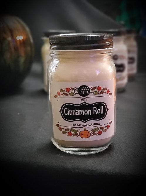 Cinnamon Roll Candle 16oz
