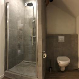 Gite Monfort bathroom 3.jpg